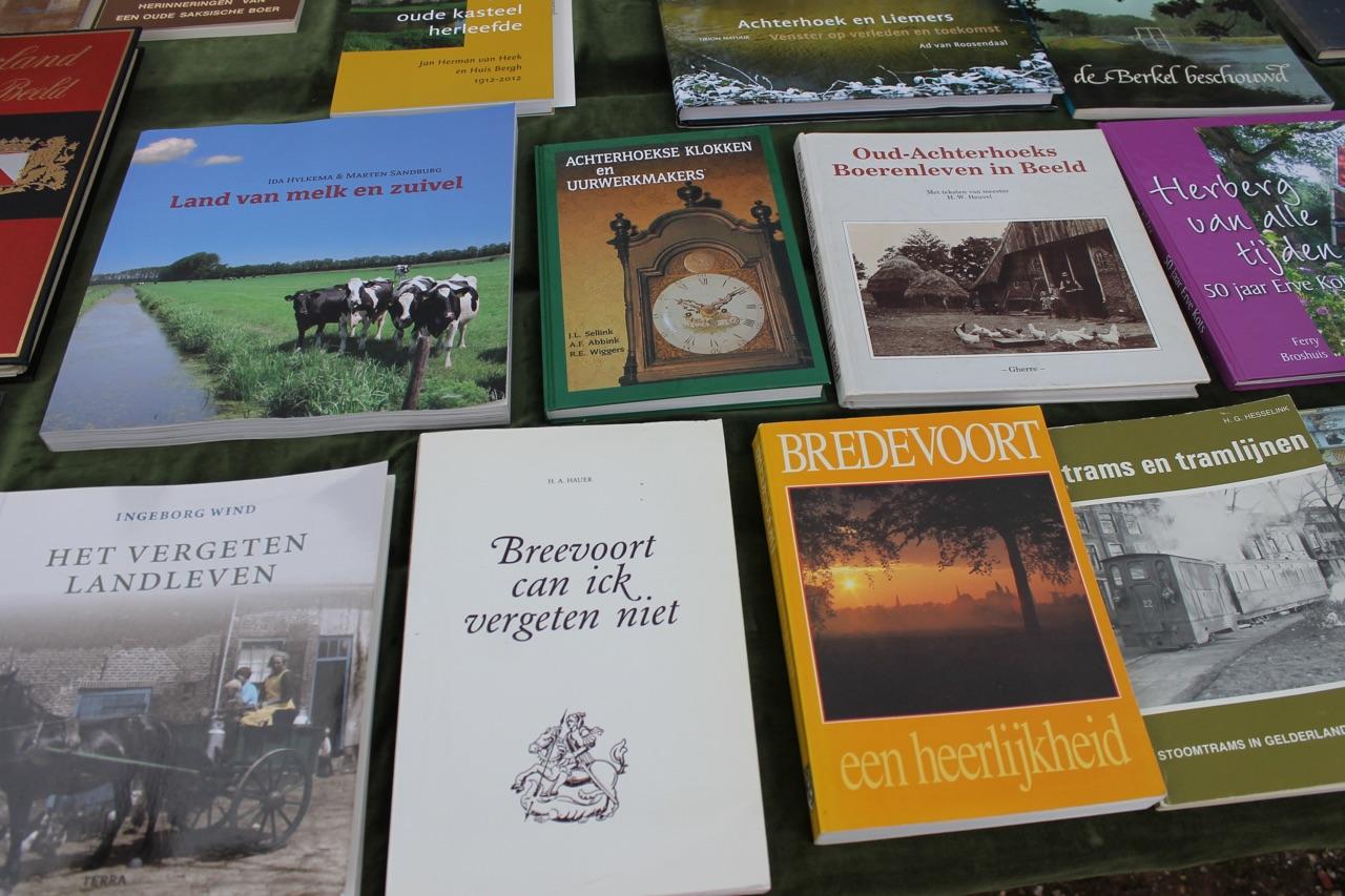 Boekenmarkt Bredevoort (c) Leo vd Linde