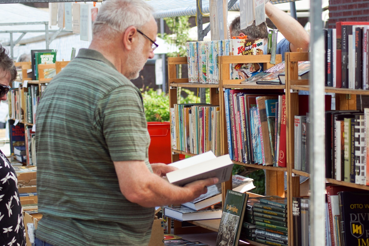 Boekenmarkt Bredevoort (c) Alex en Janneke van der Galiën
